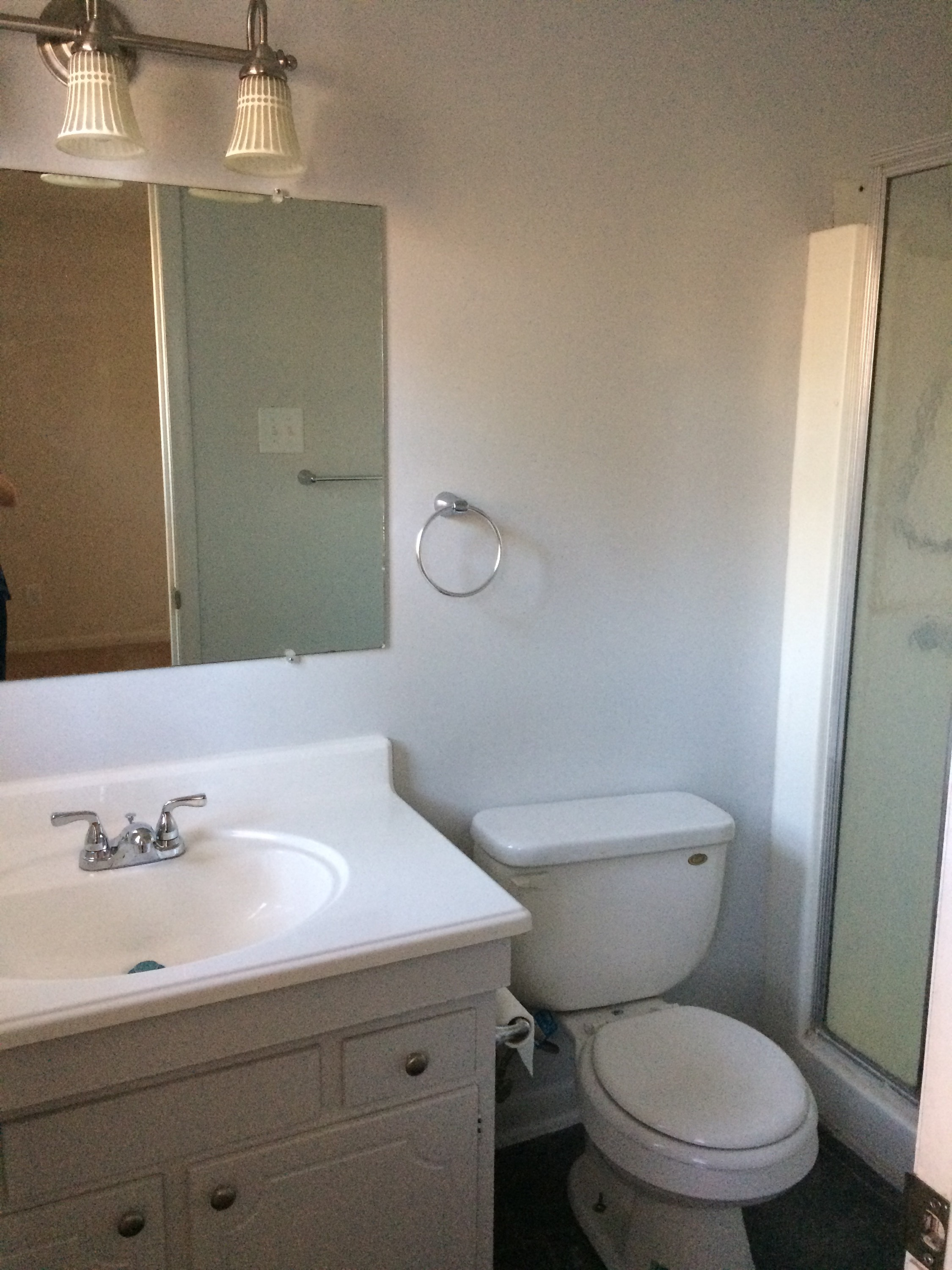 HOUSE for RENT at 1610 Diplomat - Master Bath - DanielsRents.com