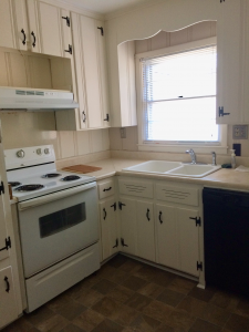 House for Rent on Northampton Dr - Kitchen - DanielsRents.com